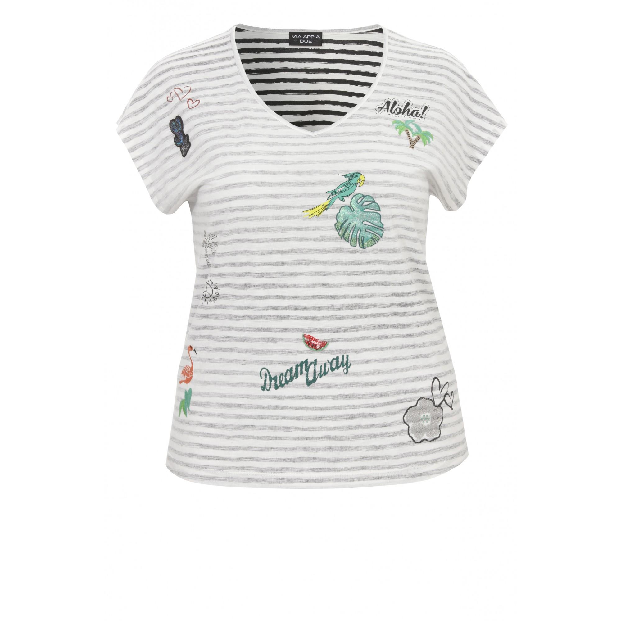 Sommerliches Ringel-Shirt mit Verzierungen