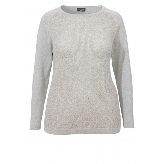Schimmernder Pullover mit Verzierungen /