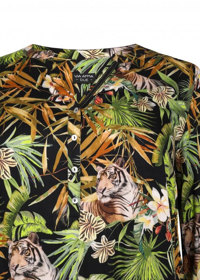 Sommerliche Bluse mit auffälligem Print /